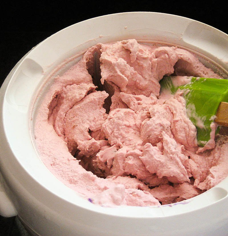 Basic Fruit Ice Cream / JillHough.com