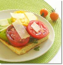 Tomato Sandwich / JillHough.com