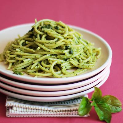 Pesto Pasta / JillHough.com