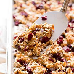 Cherry Almond Granola / JillHough.com