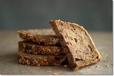 No-Knead Country Wheat Bread on JillHough.com
