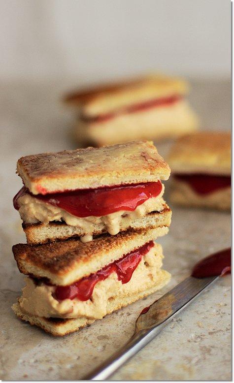 "PB&#038;J Ice Cream Sandwiches:<br>Peanut Butter Ice Cream on Toast with Berry ""Jam"""