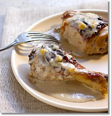 Yogurt Chicken with Chutney Yogurt Sauce