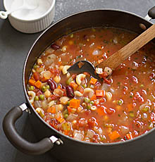 Simple, Satisfying Minestrone Soup / JillHough.com