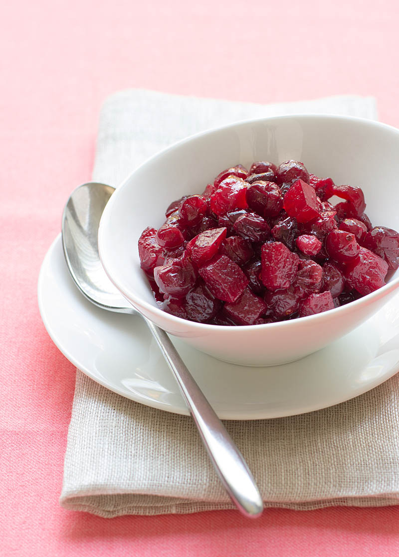 5 reasons to make cranberry sauce now