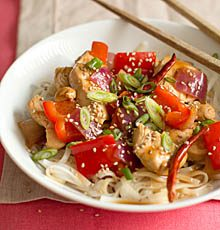 Orange Chicken Stir-Fry with Rice Noodles / JillHough.com