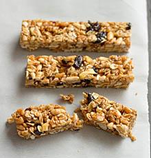 Fruit and Nut Bars / JillHough.com
