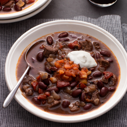 Chunky Beef and Syrah Chili / JillHough.com Here's a hearty, full-flavored chili, brimming with big chunks of beef. Light on the chile powder and heavy with herbs, it makes a perfect match for sometimes-herbaceous Syrah.