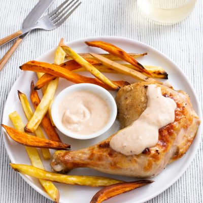 Yogurt Chicken with Chutney Yogurt Sauce / JillHough.com Don't let the simplicity of this recipe fool you—it has layers of warm, complex flavor.