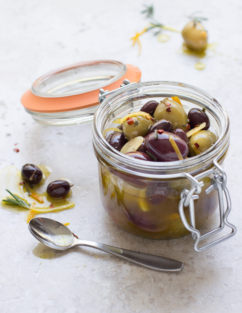 Marinated Olives with Citrus and Garlic / JillHough.com An easy appetizer to ride out the holidays