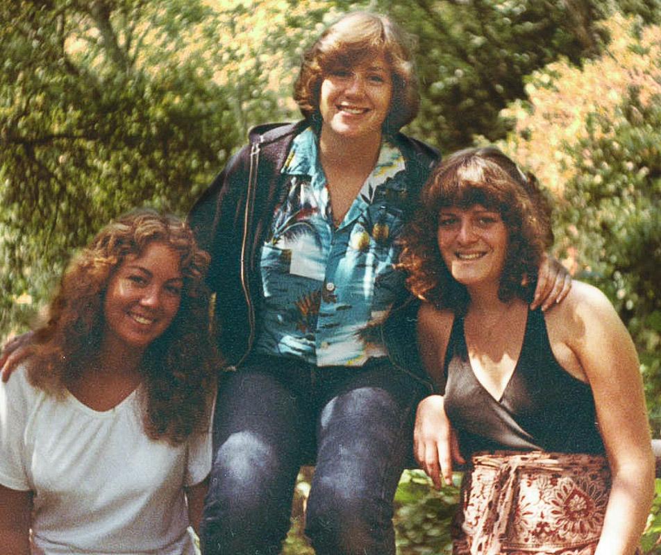 Pam, Jill, and Linda, in college / JillHough.com