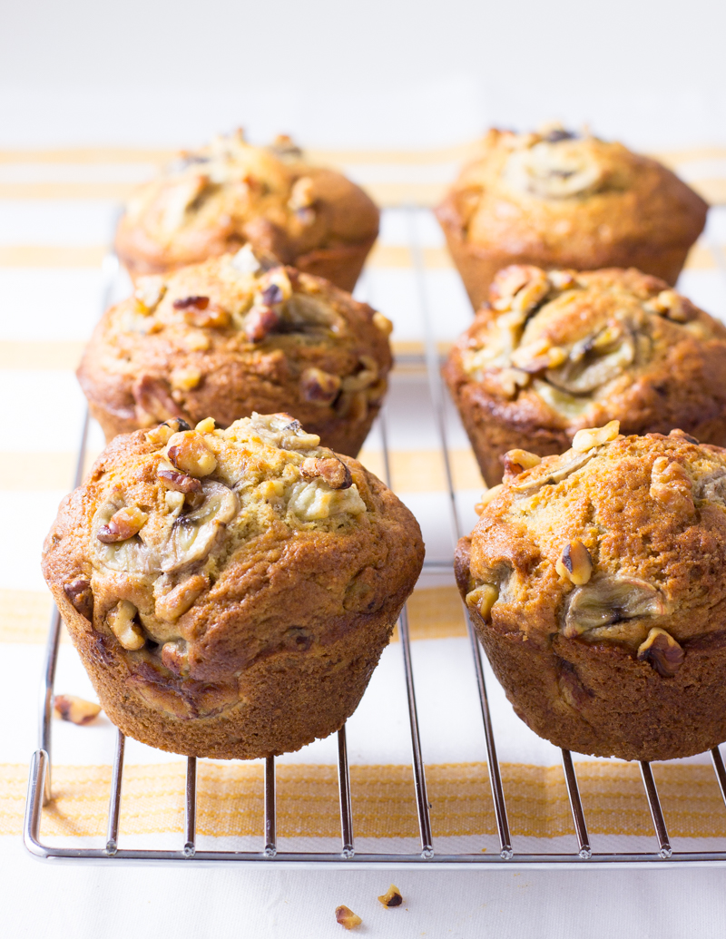 Banana Walnut Muffins / JillHough.com